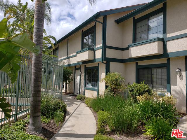 15230 Roxford Street #31, Sylmar, CA 91342 (MLS #18349038) :: Hacienda Group Inc
