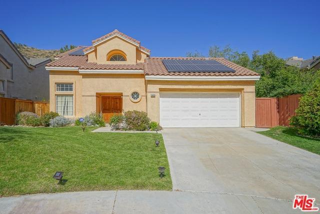 30030 Grandifloras Road, Canyon Country, CA 91387 (MLS #18349656) :: Team Wasserman