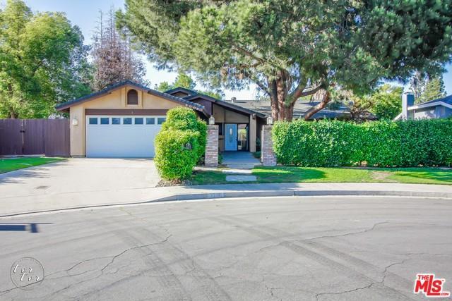 8008 Selkirk Drive, Bakersfield, CA 93309 (MLS #18349788) :: Hacienda Group Inc
