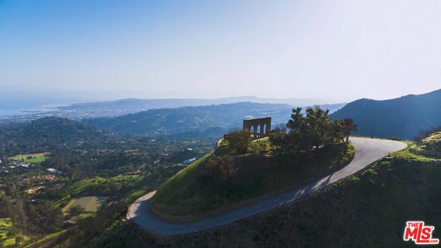 667 E Mountain Drive, Montecito, CA 93108 (MLS #18350298) :: Hacienda Group Inc