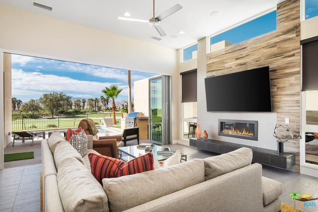 4198 Indigo Street, Palm Springs, CA 92262 (MLS #18350512PS) :: Brad Schmett Real Estate Group