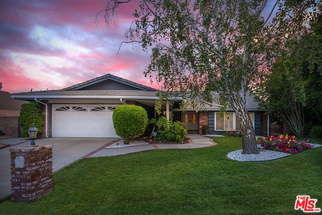 12151 Darby Avenue, Porter Ranch, CA 91326 (MLS #18350850) :: Hacienda Group Inc