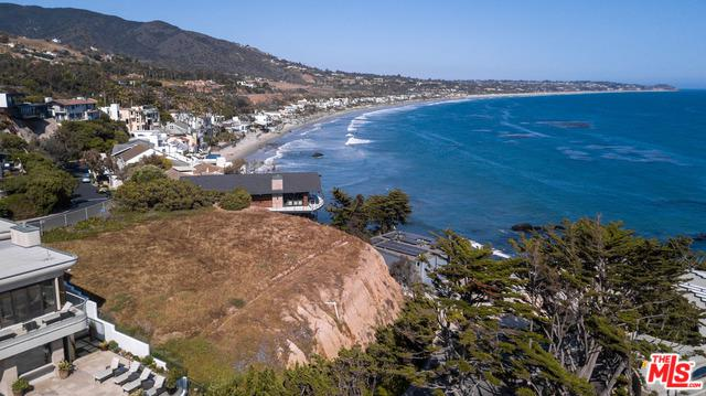 31546 Victoria Point Road, Malibu, CA 90265 (MLS #18351644) :: Hacienda Group Inc