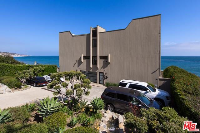 26170 Pacific Coast Highway #3, Malibu, CA 90265 (MLS #18351674) :: Hacienda Group Inc