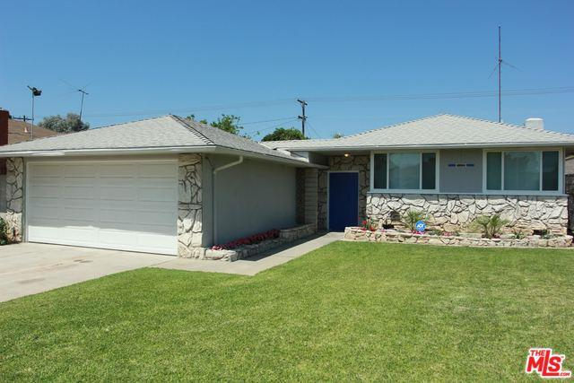9327 S 4th Avenue, Inglewood, CA 90305 (MLS #18353182) :: The John Jay Group - Bennion Deville Homes