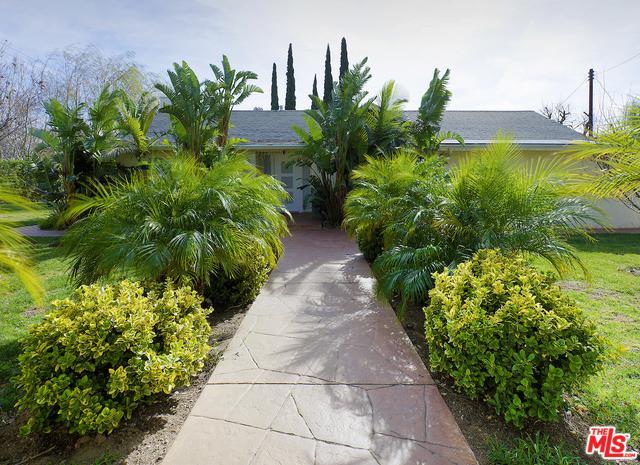 15106 Roxford Street, Sylmar, CA 91342 (MLS #18353272) :: Hacienda Group Inc