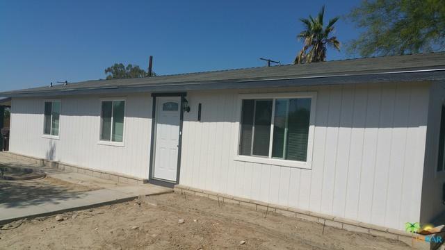 31075 Calle Jessica, Thousand Palms, CA 92276 (MLS #18353290PS) :: Brad Schmett Real Estate Group
