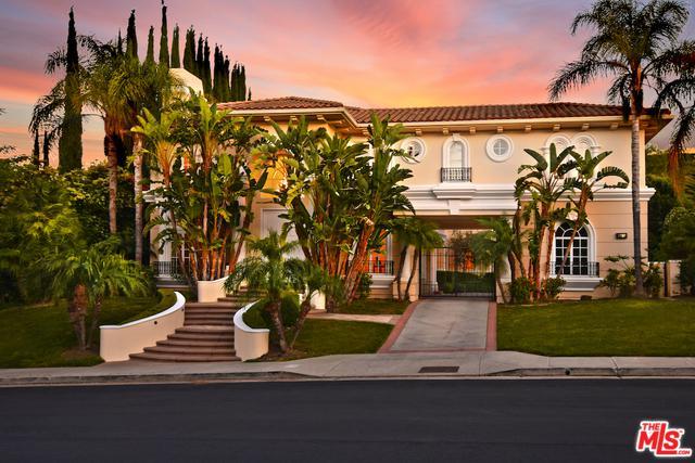 3727 Winford Drive, Tarzana, CA 91356 (MLS #18353972) :: Hacienda Group Inc
