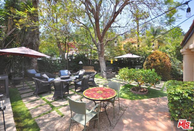 11495 Sunshine Terrace, Studio City, CA 91604 (MLS #18354282) :: Hacienda Group Inc