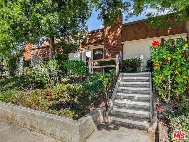 10141 Valley Circle #2, Chatsworth, CA 91311 (MLS #18354844) :: Hacienda Group Inc