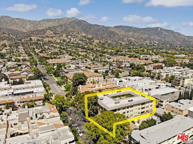 620 E Palm Avenue #205, Burbank, CA 91501 (MLS #18355008) :: Hacienda Group Inc