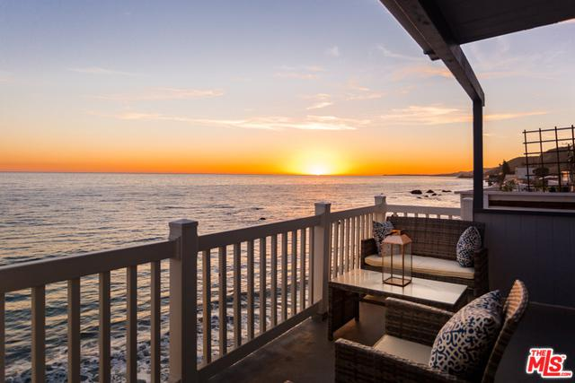 20054 Pacific Coast Highway, Malibu, CA 90265 (MLS #18355482) :: Hacienda Group Inc