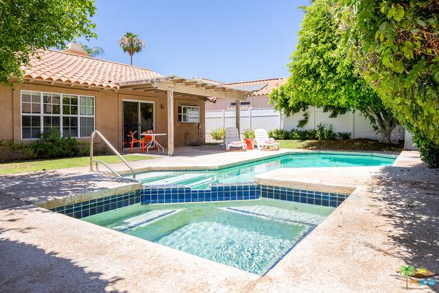 69462 Las Begonias, Cathedral City, CA 92234 (MLS #18355738PS) :: The John Jay Group - Bennion Deville Homes