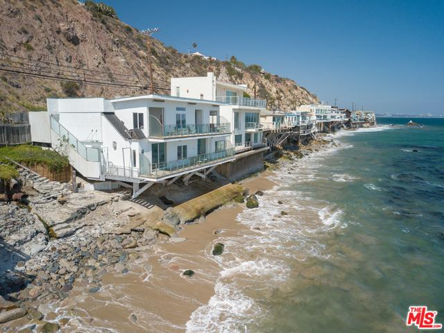 20152 Pacific Coast Highway, Malibu, CA 90265 (MLS #18355806) :: Hacienda Group Inc