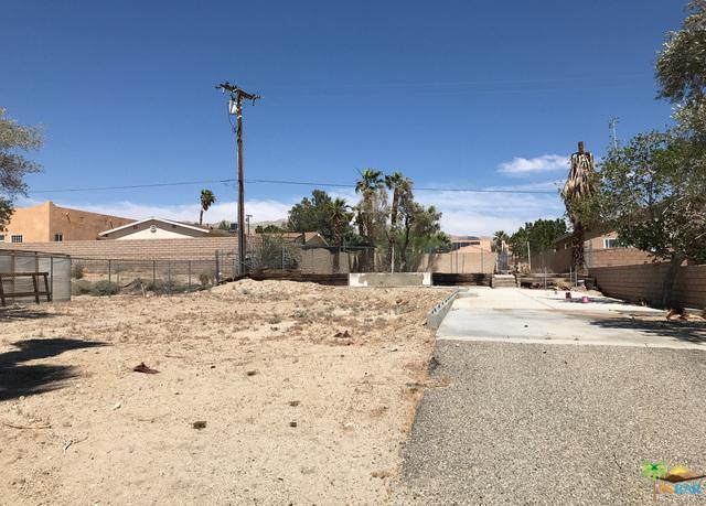 13560 Monterey Road, Desert Hot Springs, CA 92240 (MLS #18355820PS) :: Hacienda Group Inc