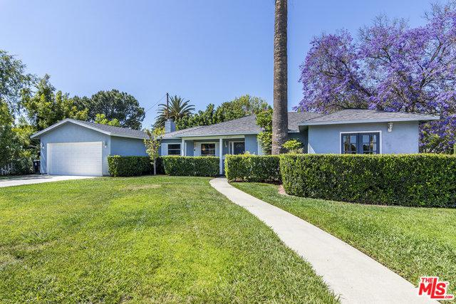 15105 Weddington Street, Sherman Oaks, CA 91411 (MLS #18356818) :: Hacienda Group Inc