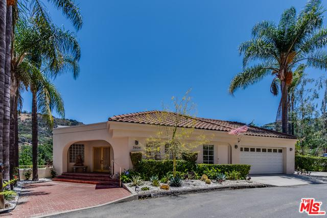 3606 Camino De La Cumbre, Sherman Oaks, CA 91423 (MLS #18356966) :: Hacienda Group Inc
