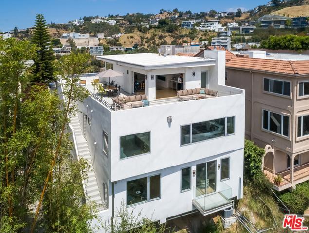 1610 Viewmont Drive, Los Angeles (City), CA 90069 (MLS #18357262) :: Hacienda Group Inc