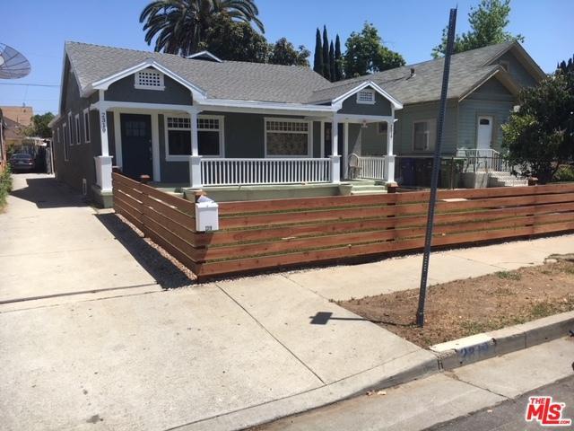 2317 W 29th Place, Los Angeles (City), CA 90018 (MLS #18357324) :: Hacienda Group Inc
