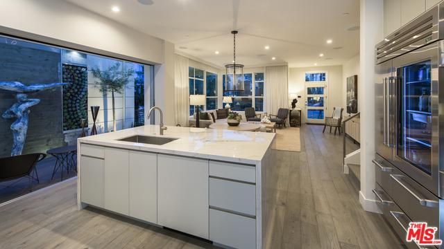 12680 Millennium Drive, Playa Vista, CA 90094 (MLS #18357636) :: Hacienda Group Inc