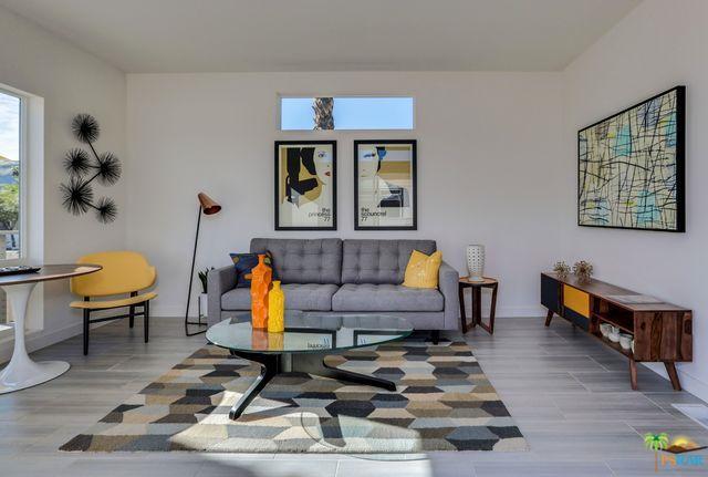 250 Lei Drive, Palm Springs, CA 92264 (MLS #18358214PS) :: Brad Schmett Real Estate Group