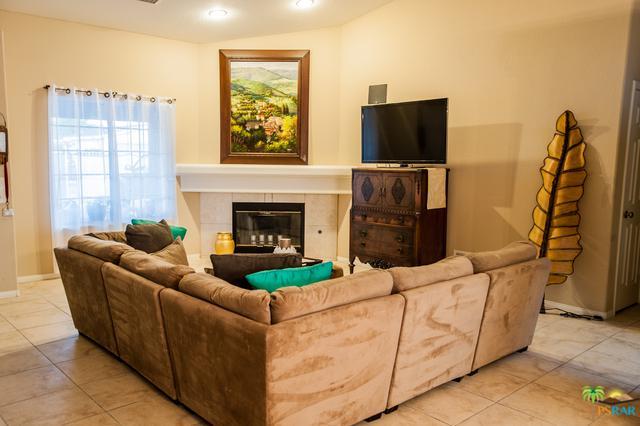 13405 Hermano Way, Desert Hot Springs, CA 92240 (MLS #18358356PS) :: Brad Schmett Real Estate Group