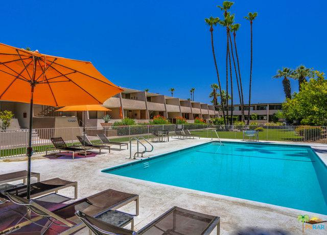 197 W Via Lola #1, Palm Springs, CA 92262 (MLS #18360052PS) :: Brad Schmett Real Estate Group