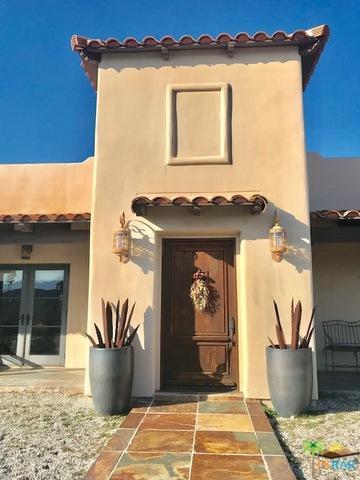 49540 Park Avenue, Morongo Valley, CA 92256 (MLS #18360822PS) :: Deirdre Coit and Associates