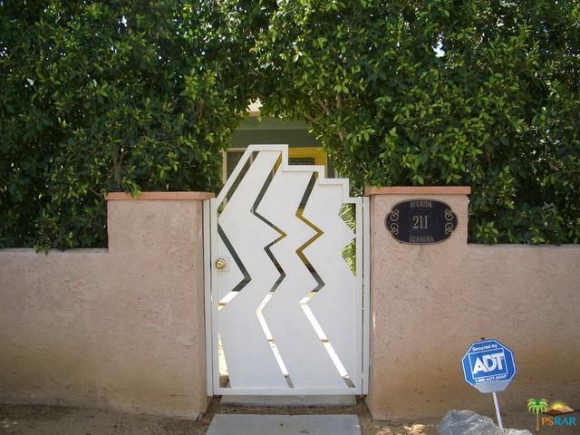 211 E Avenida Olancha, Palm Springs, CA 92264 (MLS #18362272PS) :: Brad Schmett Real Estate Group