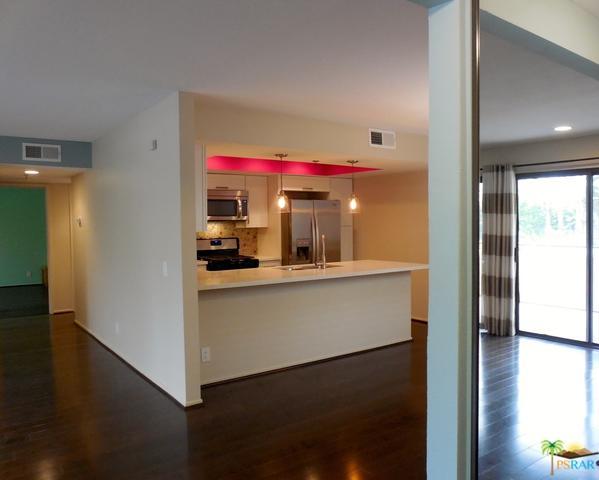 200 E Racquet Club Road #52, Palm Springs, CA 92262 (MLS #18362294PS) :: Brad Schmett Real Estate Group