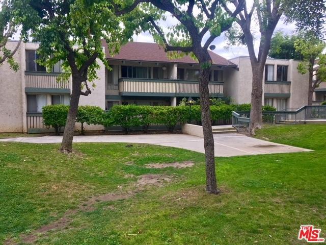 8601 International Avenue #219, Canoga Park, CA 91304 (MLS #18363450) :: Team Wasserman