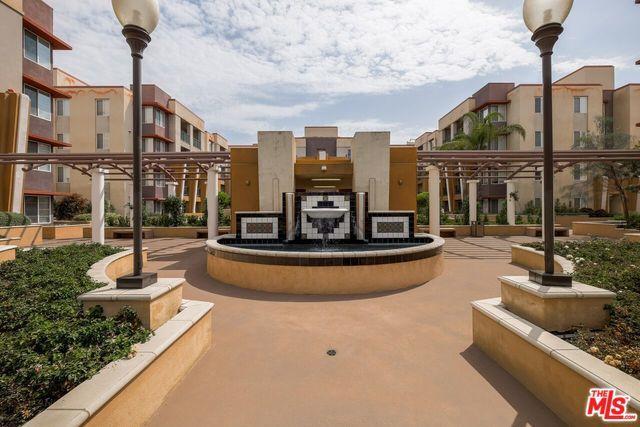 360 W Avenue 26 #338, Los Angeles (City), CA 90031 (MLS #18364212) :: Hacienda Group Inc