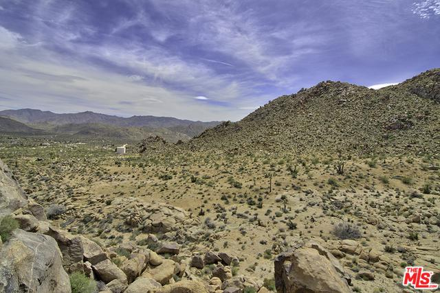 0 Wagon Wheel Road, Joshua Tree, CA 92252 (MLS #18364900) :: Brad Schmett Real Estate Group
