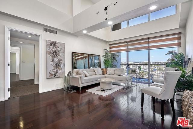 540 S Kenmore Avenue Ph805, Los Angeles (City), CA 90020 (MLS #18365438) :: Team Wasserman