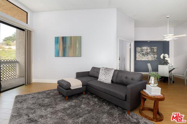3961 Via Marisol #313, Los Angeles (City), CA 90042 (MLS #18366260) :: The John Jay Group - Bennion Deville Homes