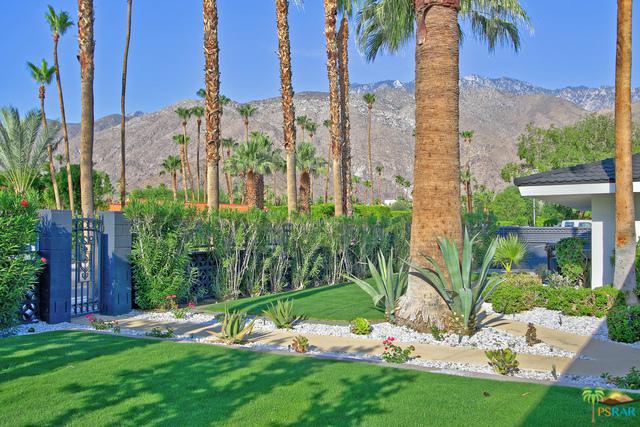 920 E Paseo El Mirador, Palm Springs, CA 92262 (MLS #18366646PS) :: Brad Schmett Real Estate Group