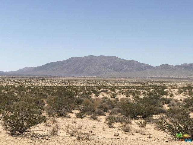 0 Taco 17 Drive, 29 Palms, CA 92277 (MLS #18366808PS) :: Team Wasserman