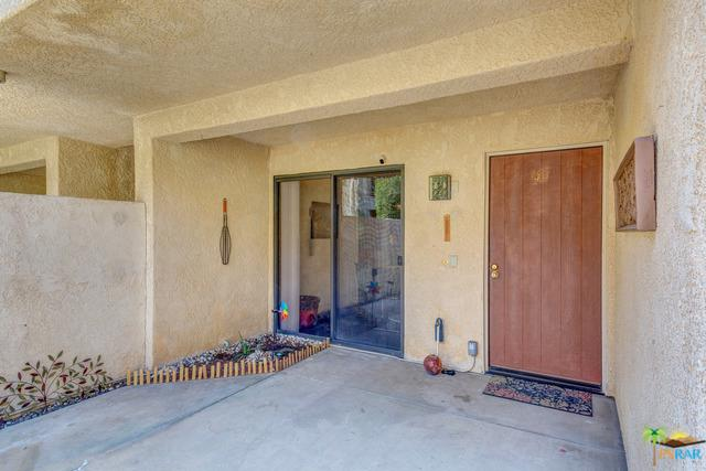 200 E Racquet Club Road #45, Palm Springs, CA 92262 (MLS #18367860PS) :: The John Jay Group - Bennion Deville Homes