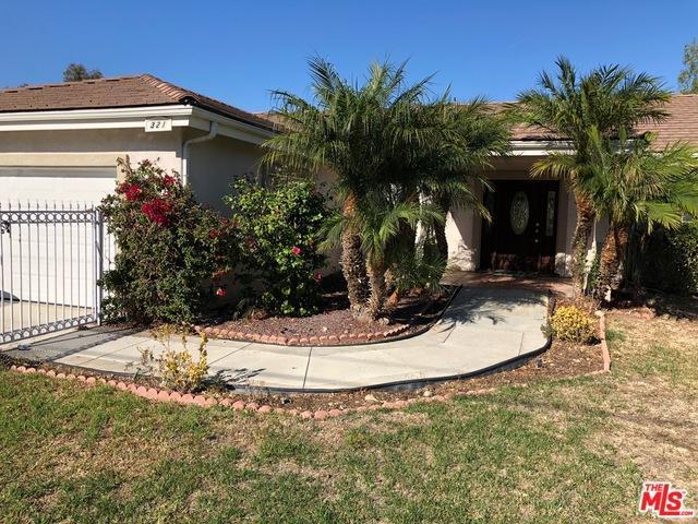321 Royal Avenue, Simi Valley, CA 93065 (MLS #18368322) :: Team Wasserman