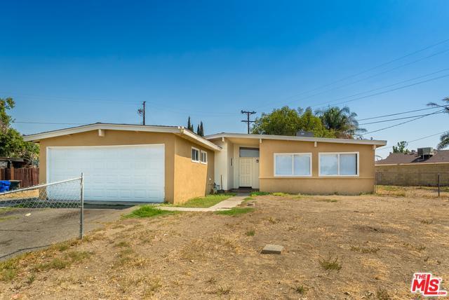 9615 Date Street, Fontana, CA 92335 (MLS #18369012) :: The John Jay Group - Bennion Deville Homes