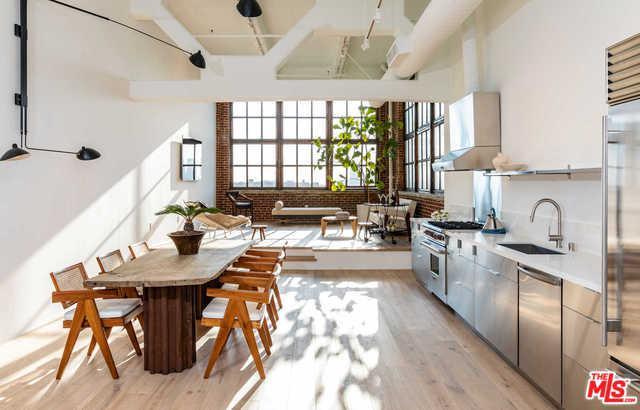 1850 Industrial Street #711, Los Angeles (City), CA 90021 (MLS #18370226) :: The John Jay Group - Bennion Deville Homes