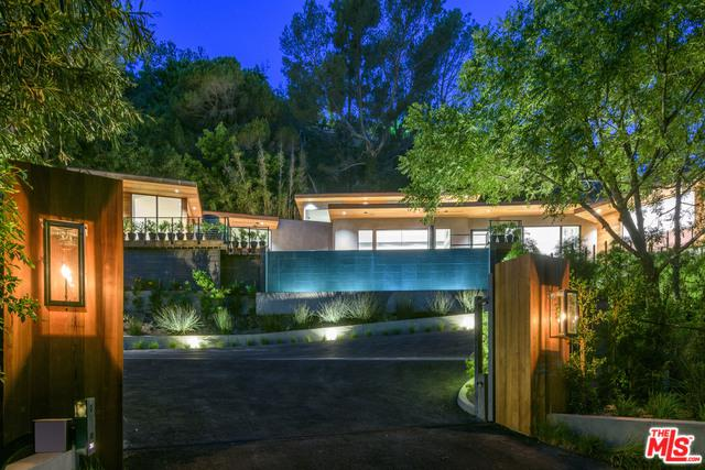 727 N Beverly Glen, Los Angeles (City), CA 90077 (MLS #18370312) :: The John Jay Group - Bennion Deville Homes