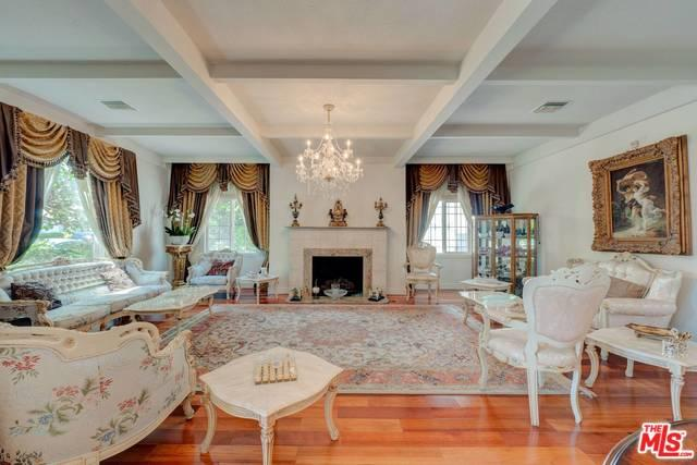138 N Doheny Drive, Beverly Hills, CA 90211 (MLS #18370412) :: The John Jay Group - Bennion Deville Homes