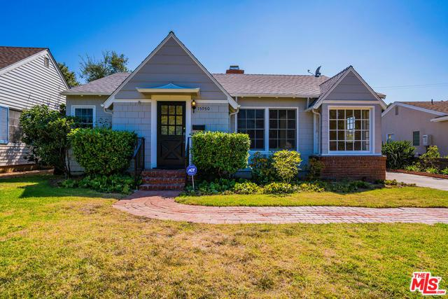 15950 Temecula Street, Pacific Palisades, CA 90272 (MLS #18370738) :: The John Jay Group - Bennion Deville Homes