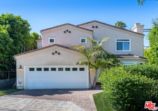 16646 Lauren Way, Encino, CA 91436 (MLS #18371250) :: The John Jay Group - Bennion Deville Homes