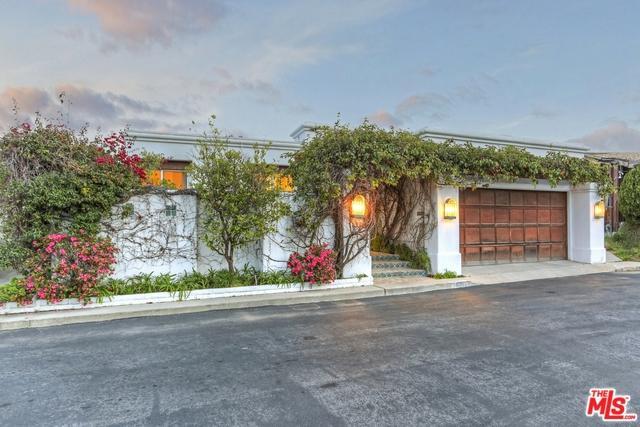 18300 Coastline Drive, Malibu, CA 90265 (MLS #18371274) :: The John Jay Group - Bennion Deville Homes