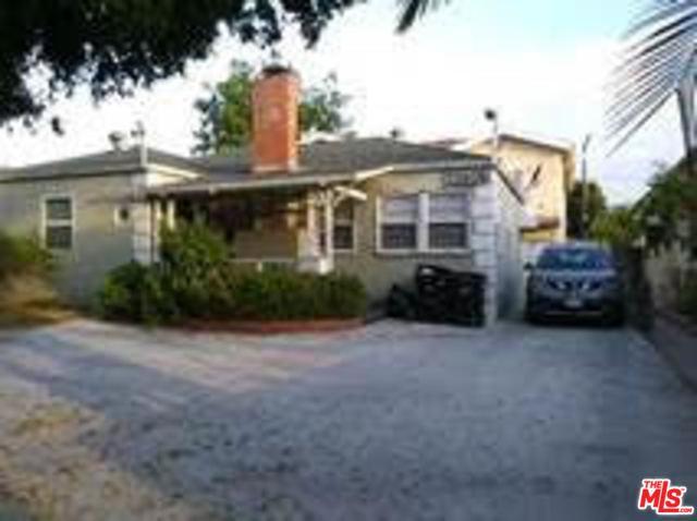 11606 Kittridge Street, North Hollywood, CA 91606 (MLS #18371372) :: The John Jay Group - Bennion Deville Homes