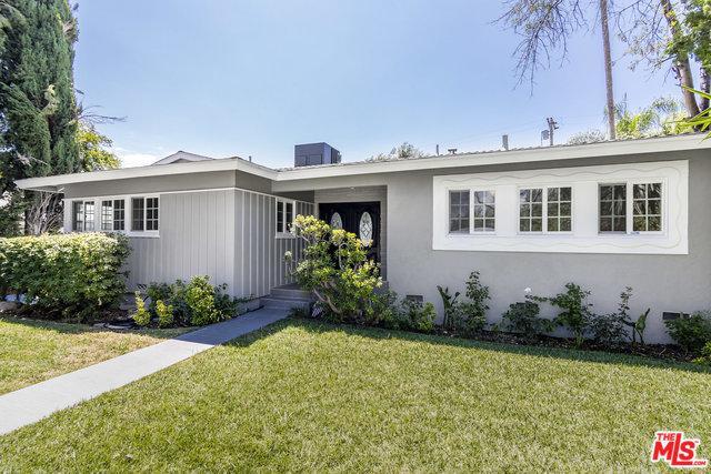 19150 Erwin Street, Tarzana, CA 91335 (MLS #18371512) :: The John Jay Group - Bennion Deville Homes