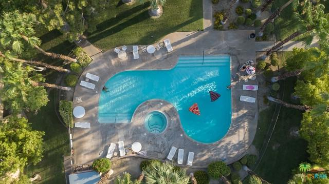 2820 N Arcadia Court B211, Palm Springs, CA 92262 (MLS #18372310PS) :: The John Jay Group - Bennion Deville Homes