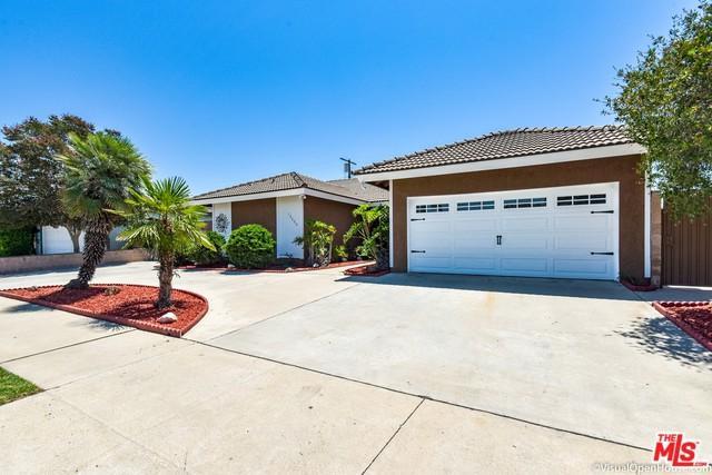 13200 Keswick Street, North Hollywood, CA 91605 (MLS #18372372) :: The John Jay Group - Bennion Deville Homes